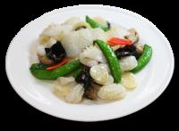 紋甲イカと季節野菜の塩炒め